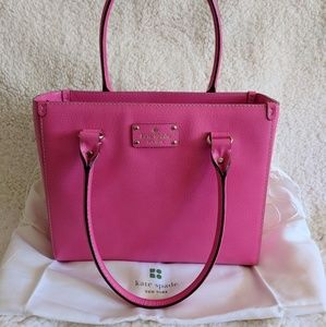 Gorgeous Kate Spade Structured Tote!